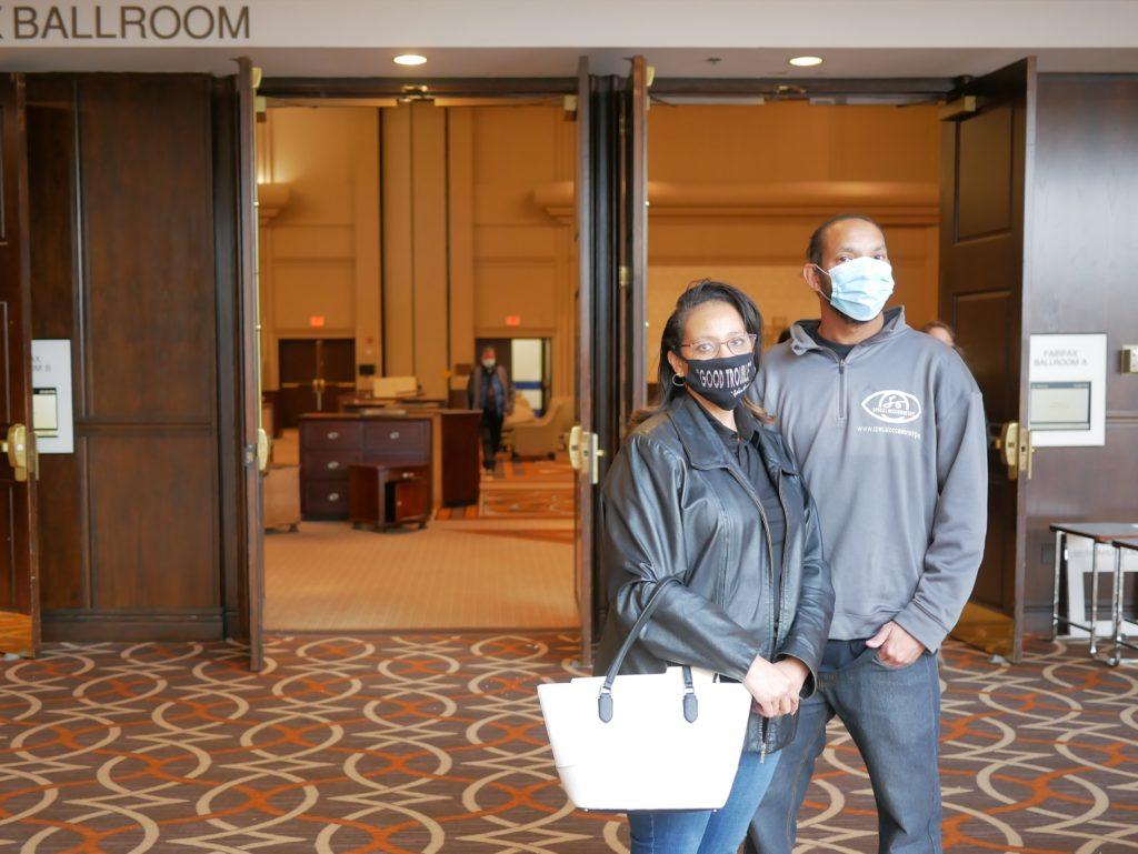 Comment une vente de liquidation dans cet hôtel de Virginie met en évidence les hauts et les bas de l'économie COVID – WAMU 88.5